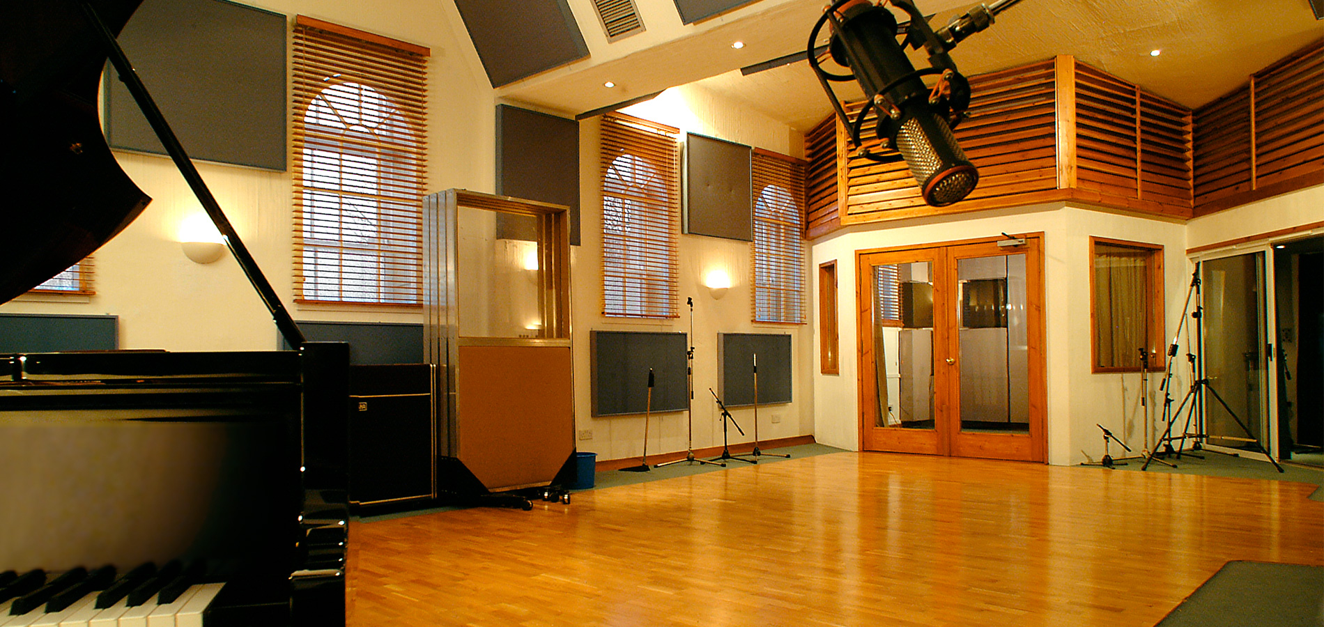 Voices at Work – In the Recording Studio